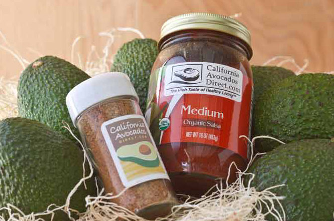 seasoning and salsa with avocados