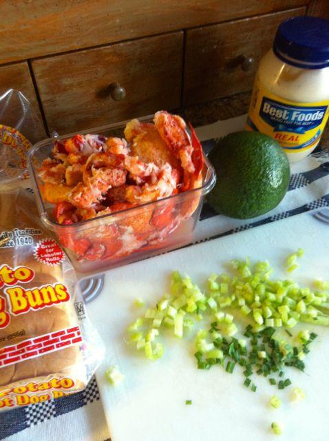Maine Lobster Meets California Avocado! - Mimi Avocado